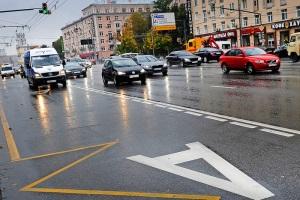 Может ли маршрутное такси ездить по выделенной полосе