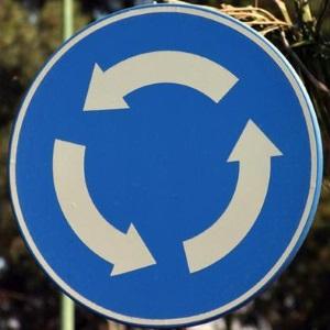 Знак 4.3 – круговое движение