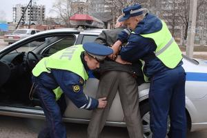 В каких ситуациях применяется административный арест
